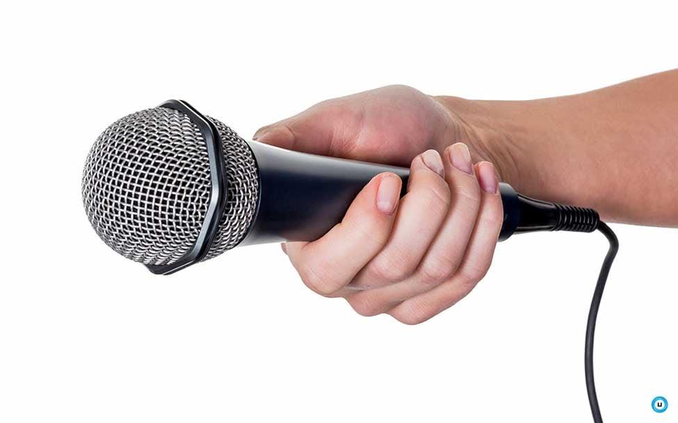 Unique social listening phygital marketing